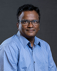 A photo of Saravanan Kolandaivelu.