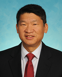 A photo of Lawrence Wei.