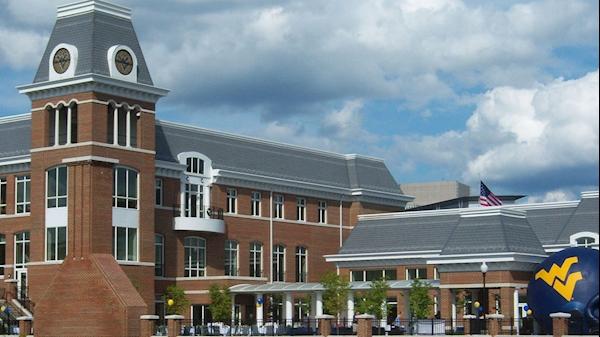 Schools of Medicine and Pharmacy alumni are WVU 2017 Homecoming Award recipients