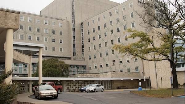 Equipment lift to close Health Sciences areas Oct. 28-30