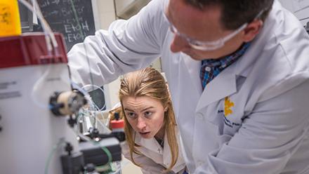Using bacteria from hot springs, WVU biochemist studies RNA splicing in humans