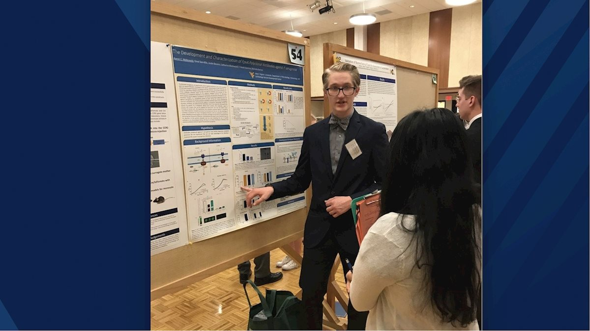 Immunology and Medical Microbiology snags honors at Undergraduate Spring Symposium