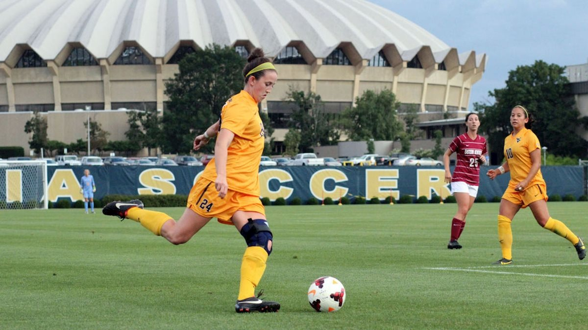 Photo of MEET THE GRADS: Early injuries lead a talented soccer player to WVU's exercise physiology program
