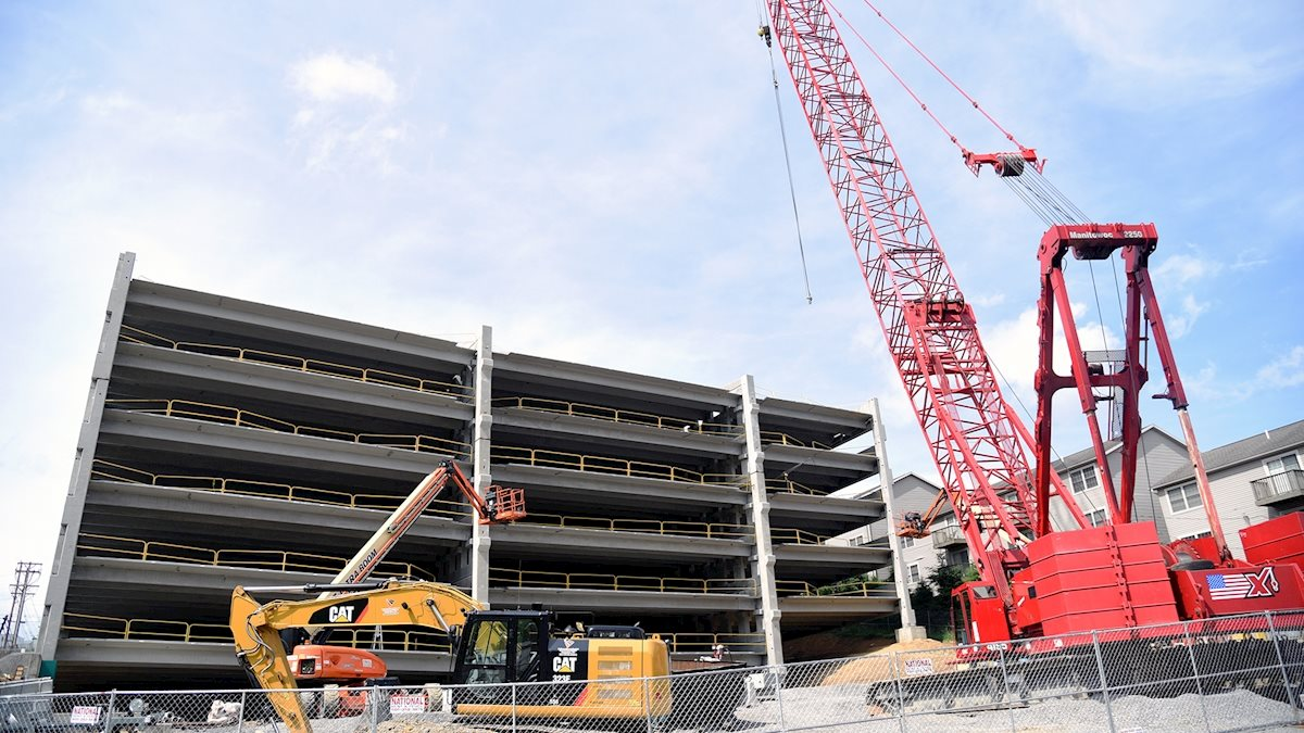 Parking garage construction to cause traffic delays