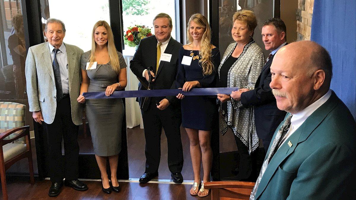 School of Dentistry opens and dedicates innovation center