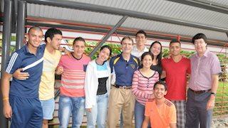 School of Public Health professor leads seminar in Costa Rica