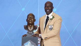 Super Bowl MVP Terrell Davis to speak to WVU medical students regarding migraine