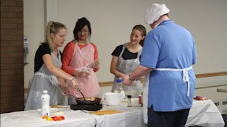 WVU medical students learn healthy cooking methods to address health disparities