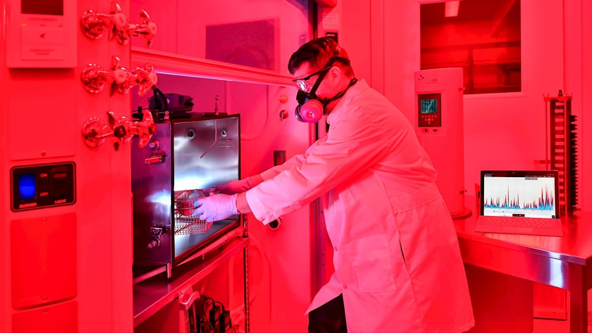 WVU opens new inhalation facility, $1.7 million NIH grant investigates effects of inhaled particles on health